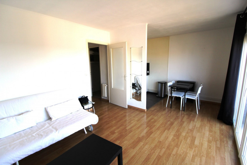 Rental apartment Maurepas 700€ CC - Picture 3