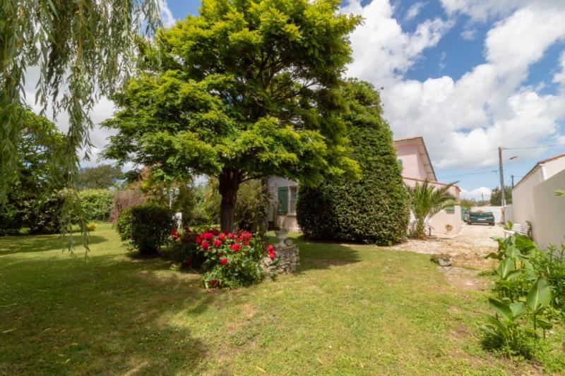 Vente maison / villa Le chateau d'oleron 339900€ - Photo 4