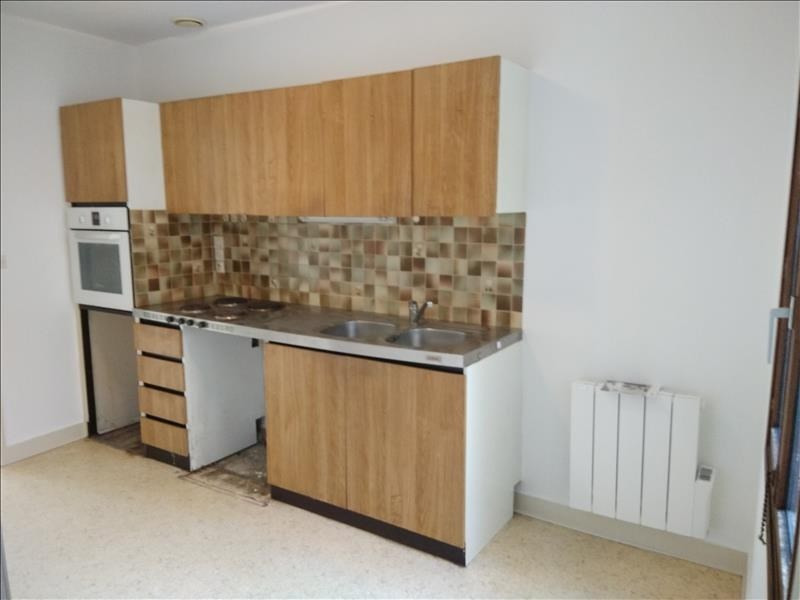 Rental apartment Vendome 430€ CC - Picture 3