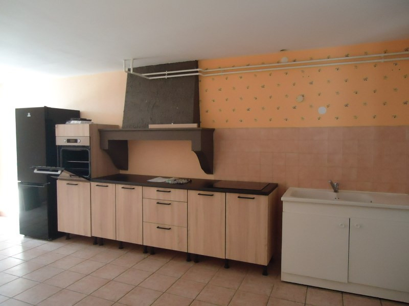 Location maison / villa Courtenay 795€ CC - Photo 1