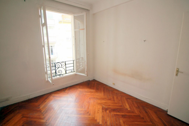 Sale apartment Nice 212000€ - Picture 1