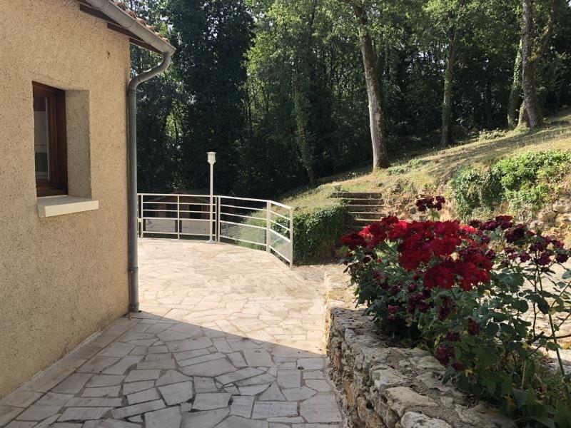 Sale house / villa Poitiers 345000€ - Picture 2