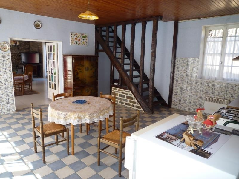 Vente maison / villa Pont d'ouilly 85 000€ - Photo 3