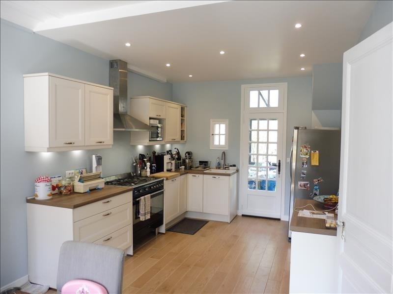 Sale house / villa Villemomble 545000€ - Picture 1