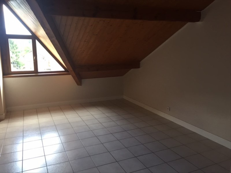 Rental apartment Reignier-esery 1110€ CC - Picture 5