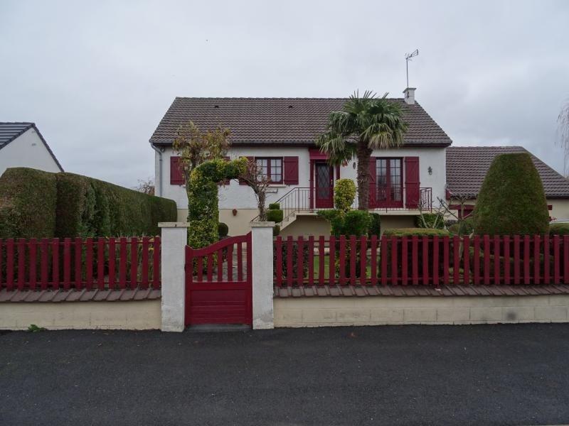 Sale house / villa Rosieres en santerre 138000€ - Picture 1