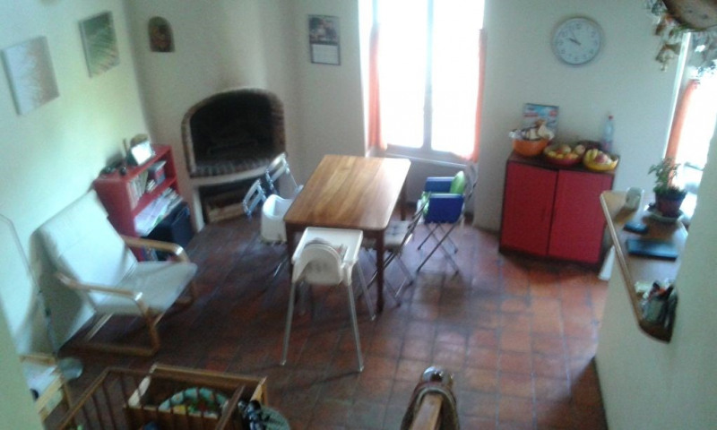 Location maison / villa Meyrargues 965€ CC - Photo 12