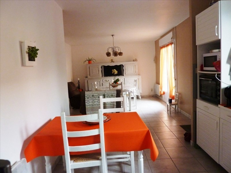 Sale house / villa St georges de reintembault 85400€ - Picture 3