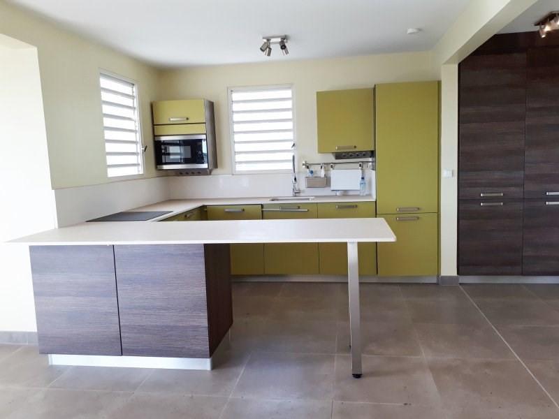 Sale apartment Le marin 264290€ - Picture 4