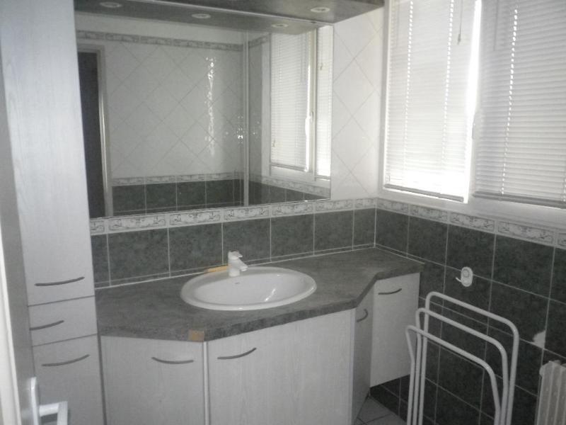 Location appartement Aix en provence 903€ CC - Photo 4