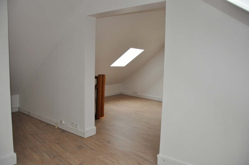 Rental office St nom la breteche 850€ HT/HC - Picture 4