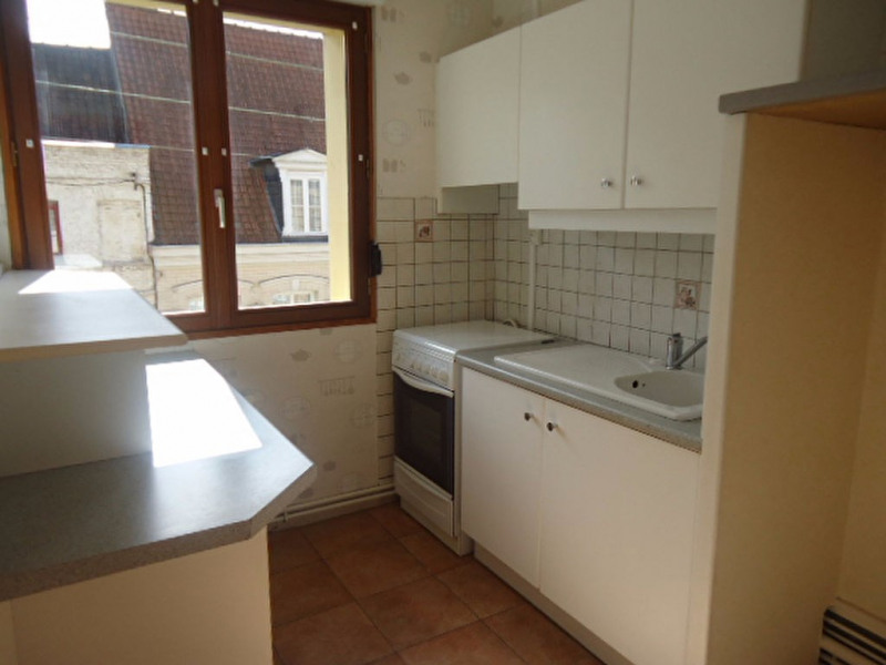 Location appartement Saint omer 405€ CC - Photo 2