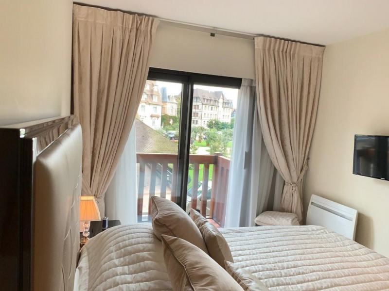 Revenda residencial de prestígio apartamento Deauville 795000€ - Fotografia 8