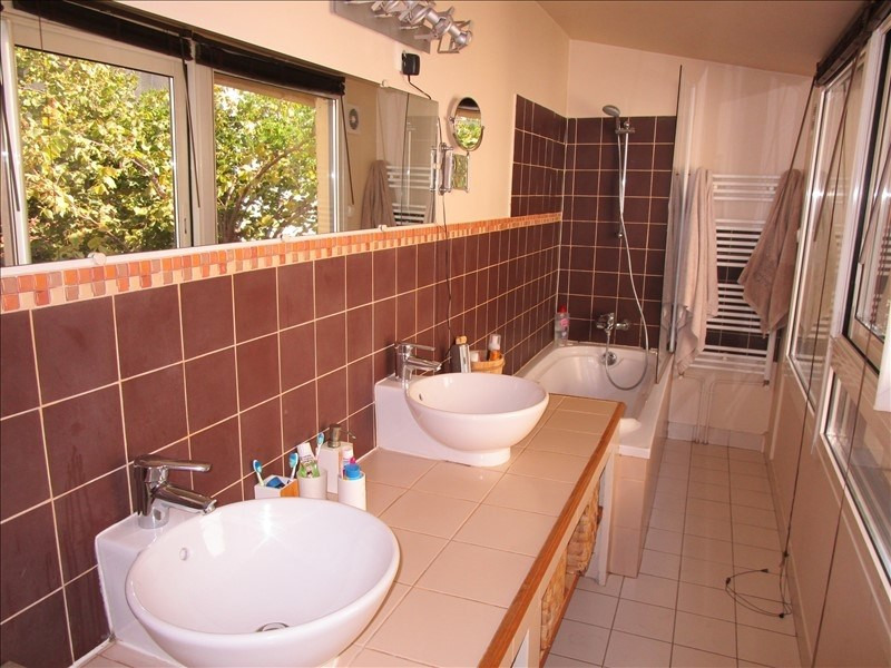 Sale house / villa Le pecq 590000€ - Picture 8