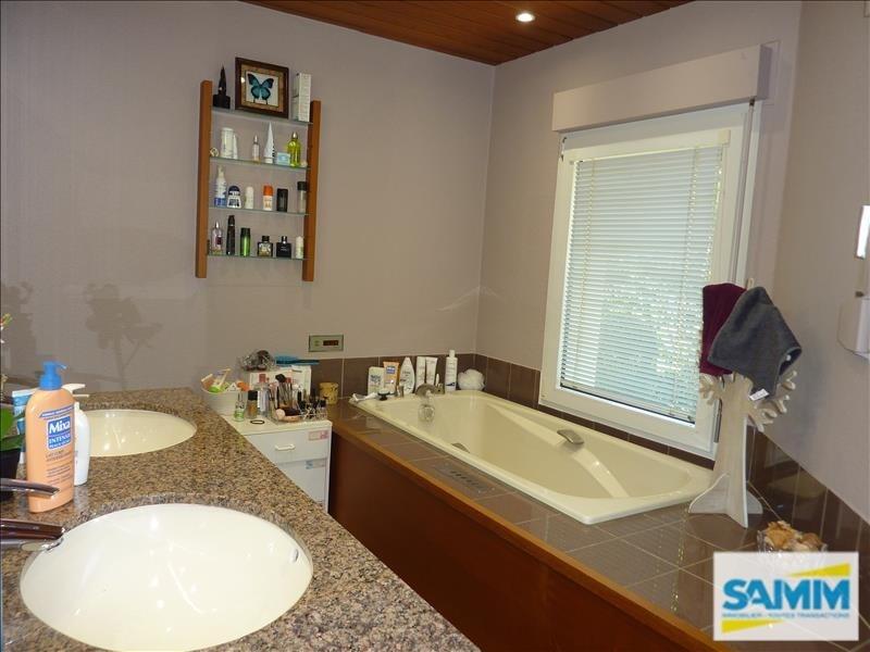 Deluxe sale house / villa Echarcon 680000€ - Picture 8