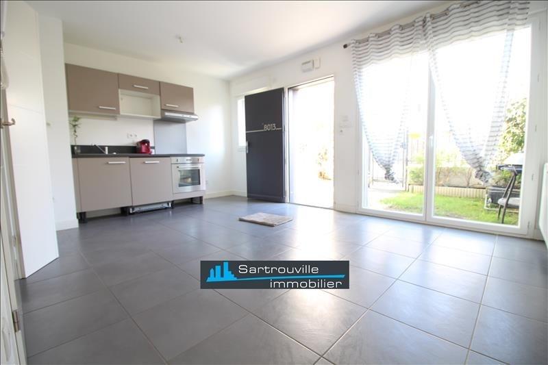 Sale apartment Sartrouville 250000€ - Picture 1