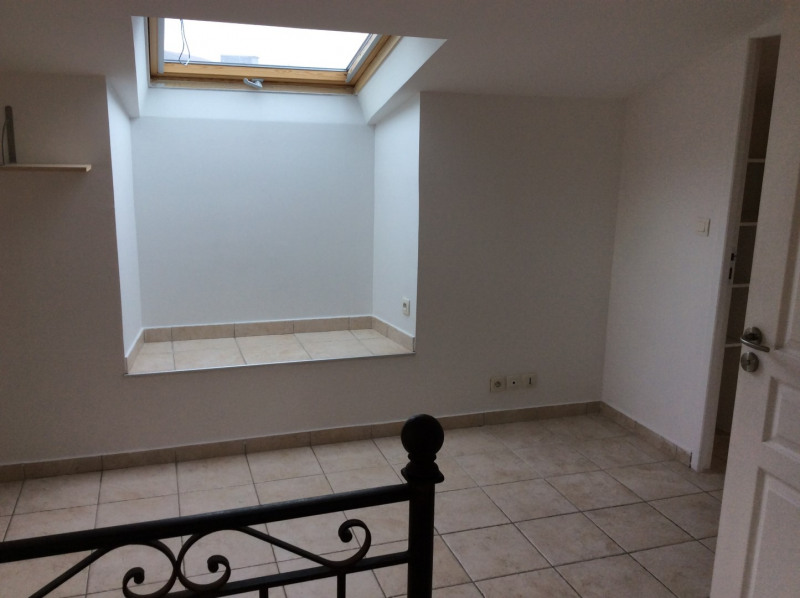 Location appartement Fréjus 995€ CC - Photo 13