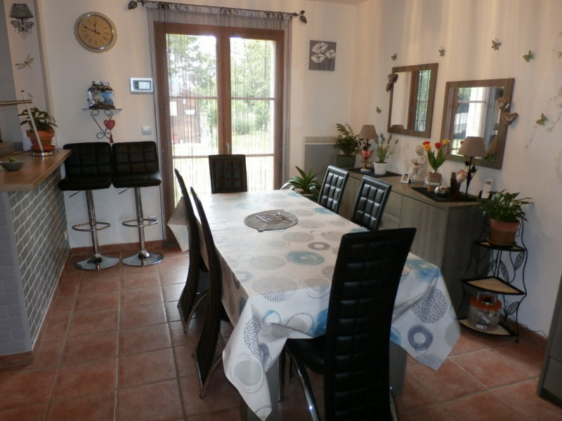 Sale house / villa Les andelys 179 000€ - Picture 3
