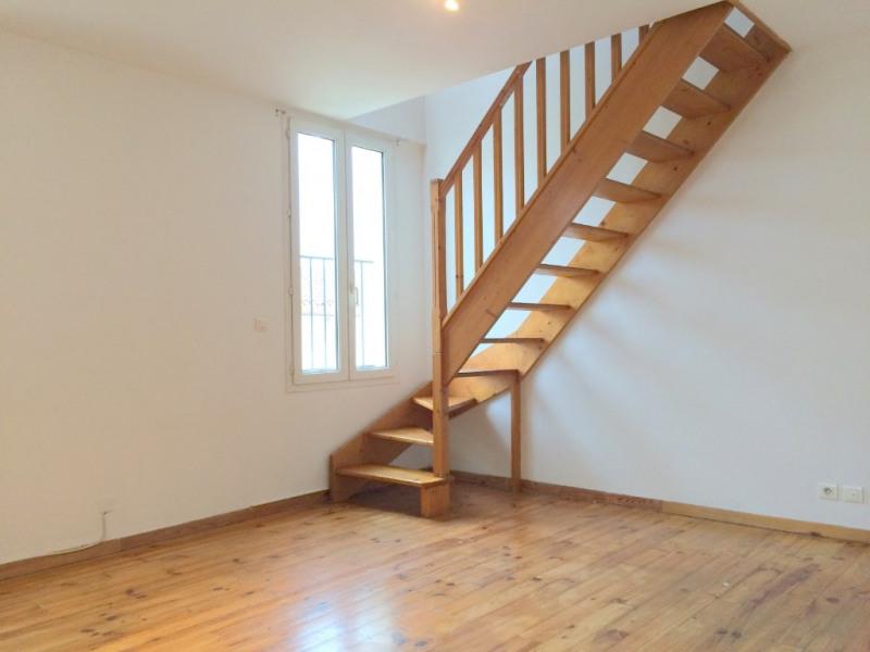 Location appartement Les milles 750€ CC - Photo 1