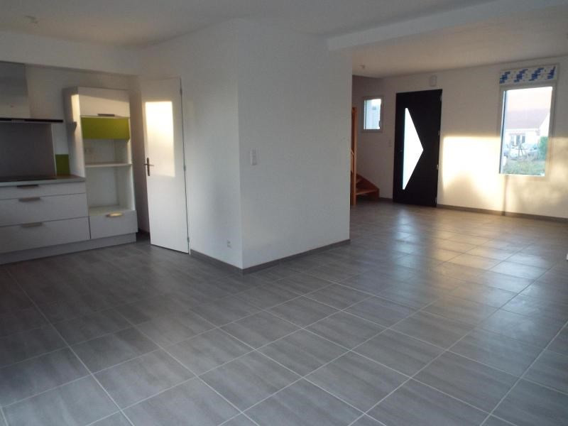 Location maison / villa Leulinghem 760€ CC - Photo 2