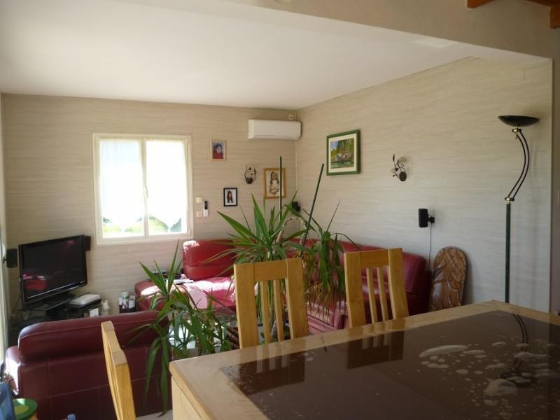 Sale house / villa Douarnenez 183750€ - Picture 2