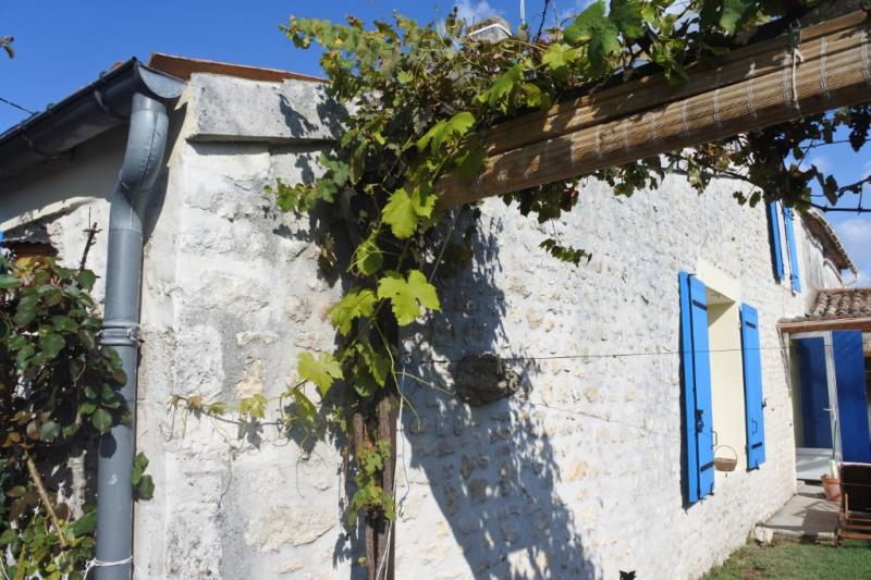 Sale house / villa Saint just luzac 186170€ - Picture 5