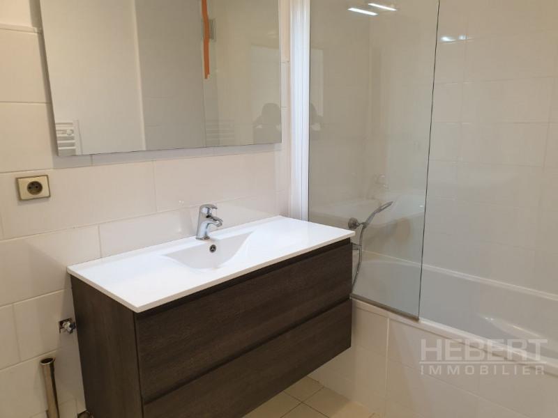 Rental apartment Sallanches 810€ CC - Picture 9