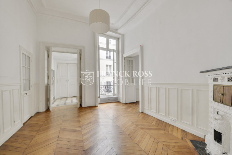 Location appartement Paris 4ème 3950€ CC - Photo 5