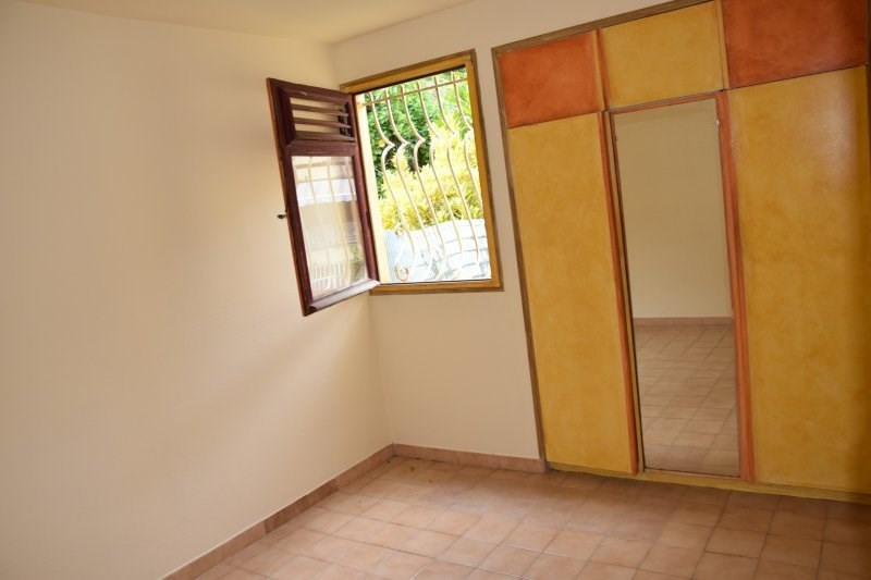 Investment property apartment Ducos 82 000€ - Picture 9