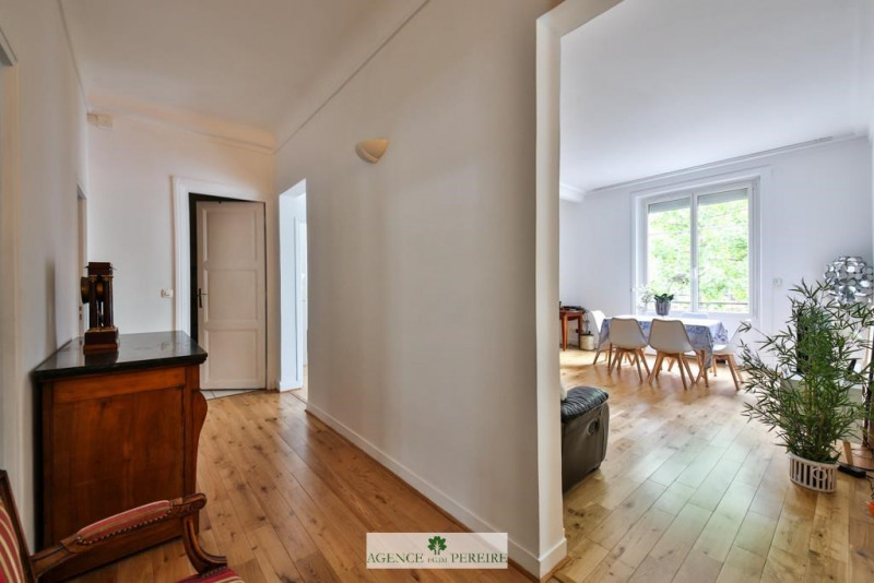 Location appartement Paris 17ème 3 400€ CC - Photo 2