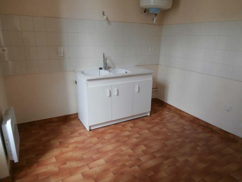 Rental apartment Salon de provence 472€ CC - Picture 2
