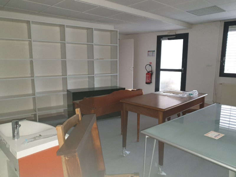 Rental office Isle 600€ CC - Picture 3