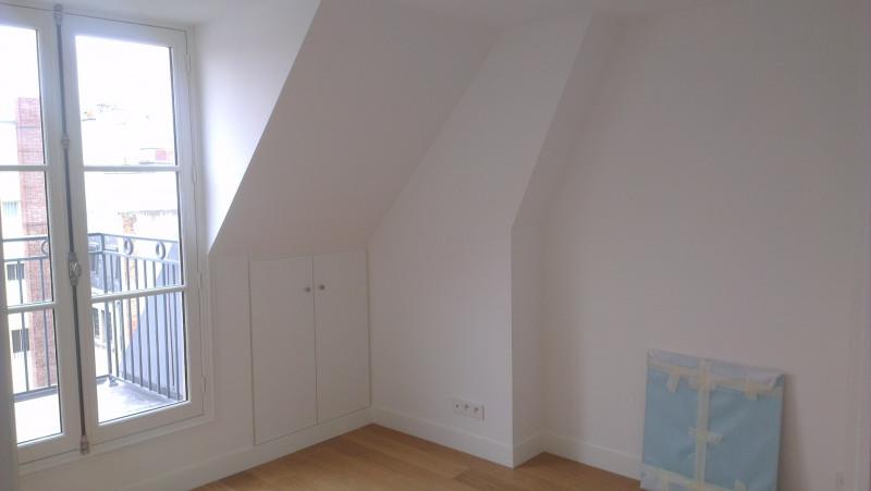 Rental apartment Paris 17ème 1850€ CC - Picture 2