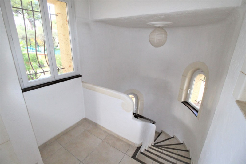 Location maison / villa Antibes 1900€ CC - Photo 11