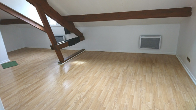 Rental apartment Rambouillet 570€ CC - Picture 1