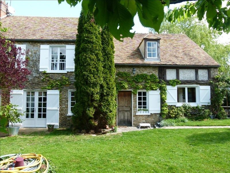 Sale house / villa Montfort-l'amaury 529000€ - Picture 1
