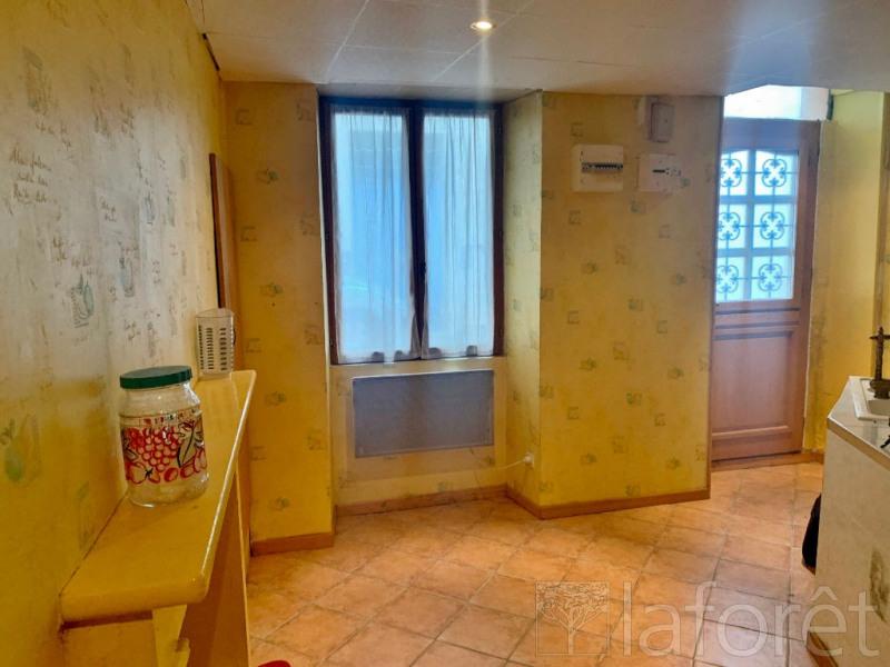 Sale house / villa La cote saint andre 65000€ - Picture 2