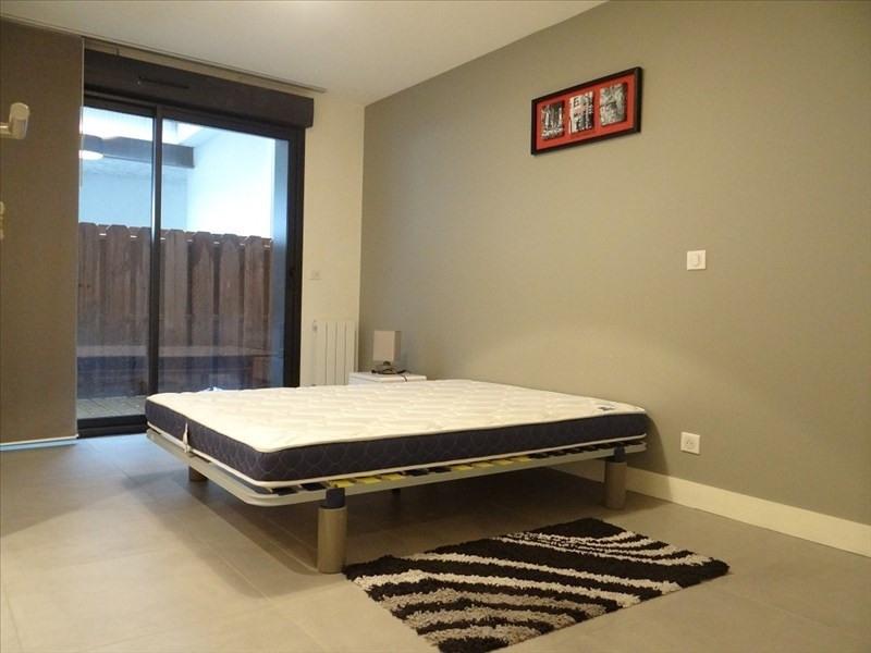 Sale apartment Bordeaux 294000€ - Picture 2