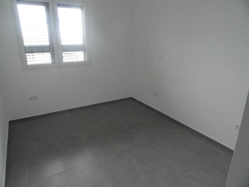 Location appartement La saline les bains 930€ CC - Photo 5