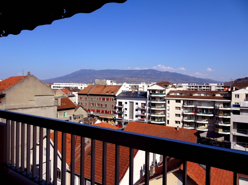 Sale apartment Annemasse 375000€ - Picture 3