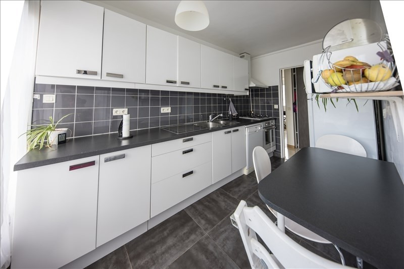 Sale apartment Annecy le vieux 279000€ - Picture 3