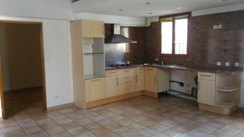 Rental apartment St laurent du var 855€ CC - Picture 1