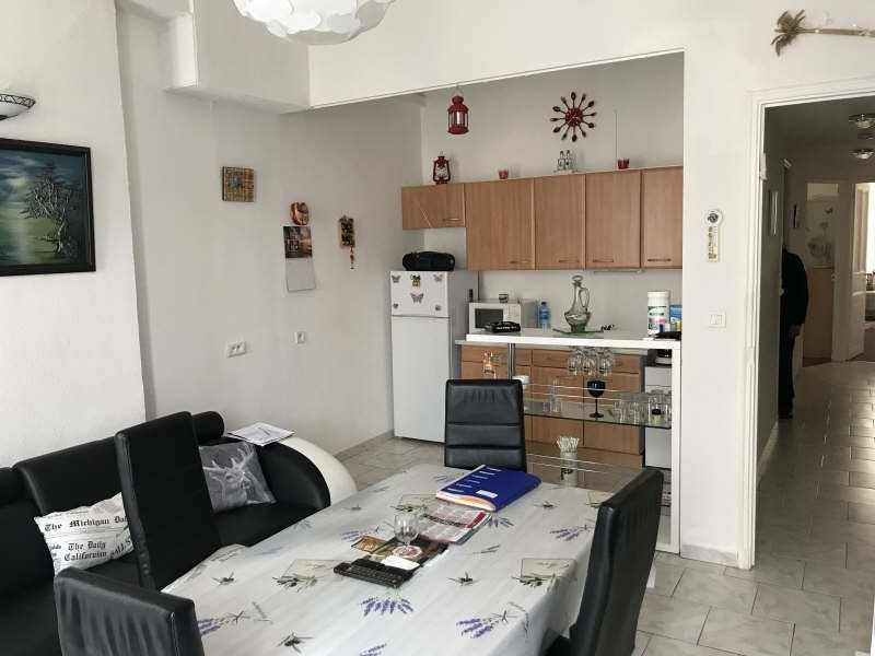 Sale apartment Toulon 110 000€ - Picture 1