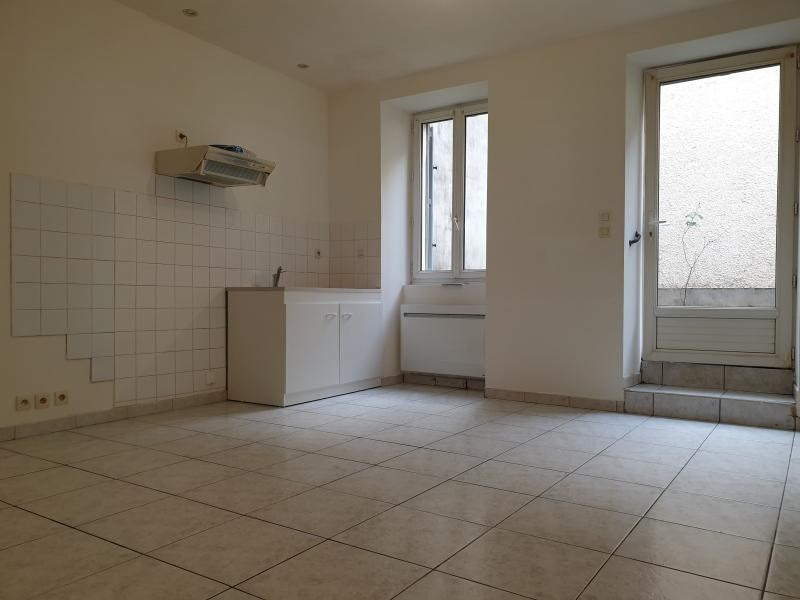 Location appartement Carmaux 343€ CC - Photo 1