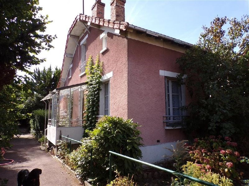 Sale house / villa Villemoisson-sur-orge 270 300€ - Picture 1