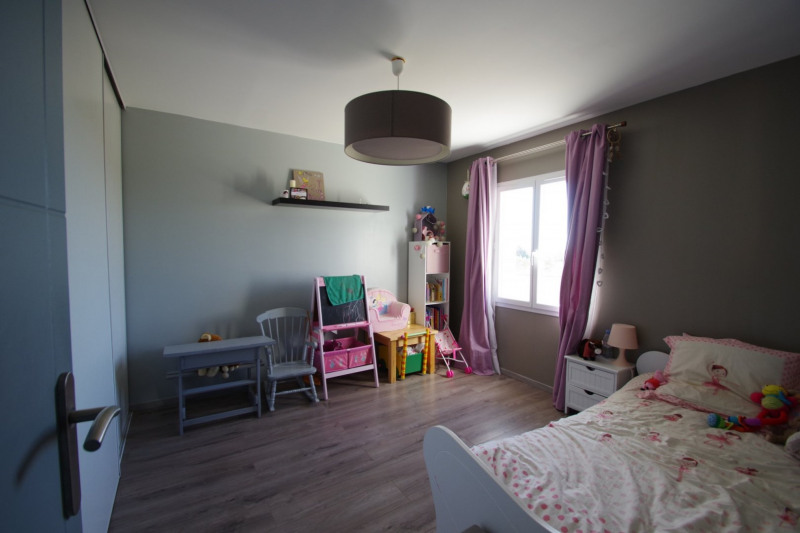 Revenda casa Thaire 379600€ - Fotografia 11