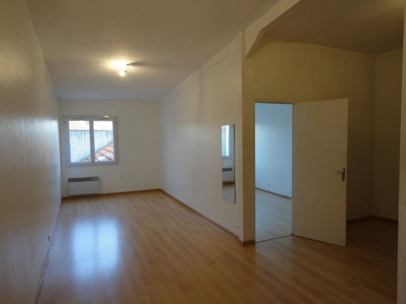 Location appartement Orsay 810€ CC - Photo 2