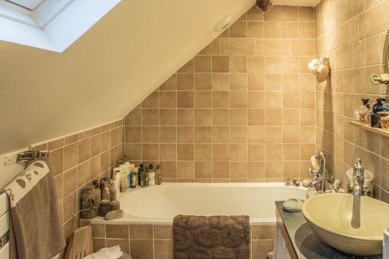 Sale house / villa Montfort l amaury 545000€ - Picture 6