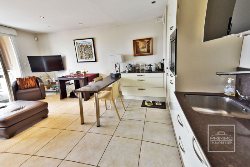 Deluxe sale apartment Trevoux 275000€ - Picture 2
