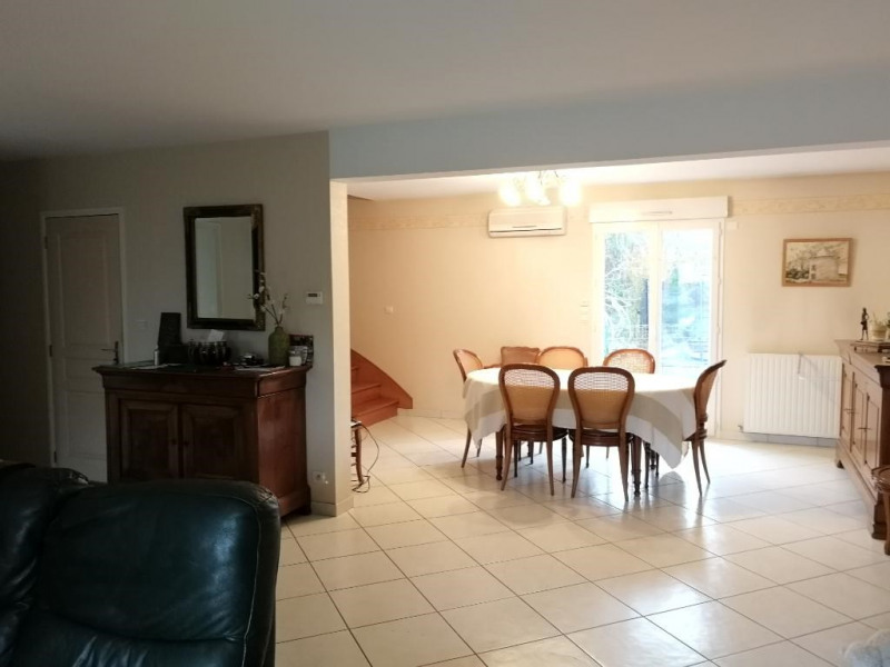 Sale house / villa Chateau renault 234 150€ - Picture 5